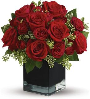 Red Roses compact